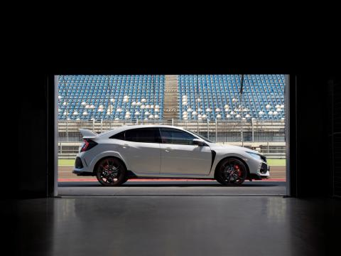 Honda launches first ever Civic Type R in Canada