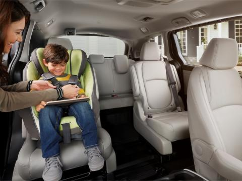 Top three minivans for parents