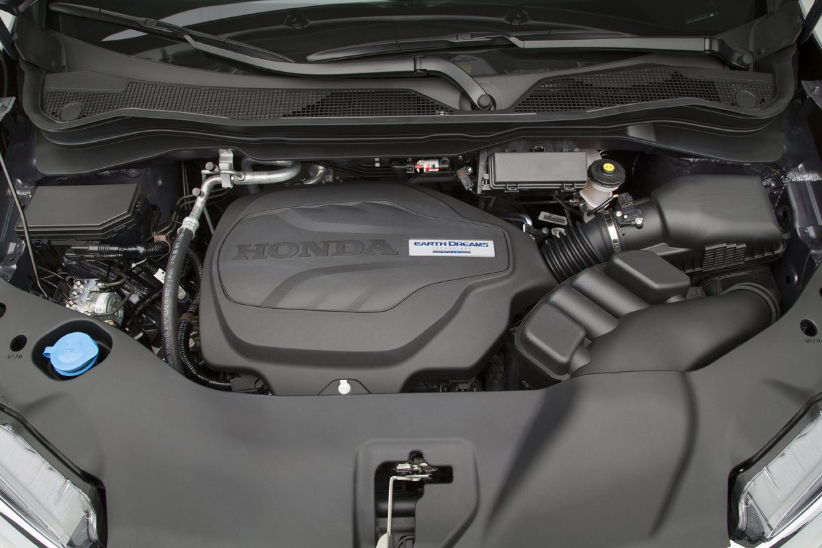 2016 Honda Pilot engine bay